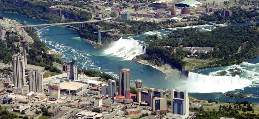 Brief review of demography and politics of Niagara Falls City